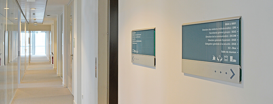 wayfinding signage for structural and evolutionary information | pile-ou-face© marcal